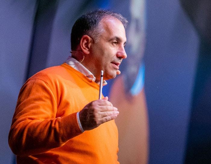 Alfio Bardolla, uno dei volti più noti nella formazione finanziaria